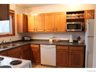 Photo 8: 63 Addington Bay in WINNIPEG: Charleswood Residential for sale (South Winnipeg)  : MLS®# 1603948