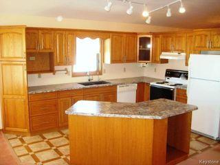 Photo 2: 25 BYLE Drive in St Andrews: Clandeboye / Lockport / Petersfield Residential for sale (Winnipeg area)  : MLS®# 1604490