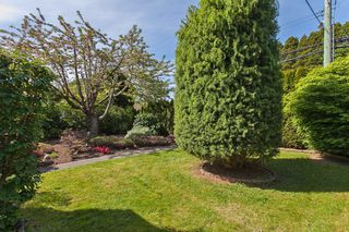 "Photo 6: 1980 140 Street in Surrey: Sunnyside Park Surrey House for sale in ""OCEAN BLUFF"" (South Surrey White Rock)  : MLS®# R2058362"