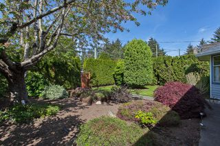 "Photo 7: 1980 140 Street in Surrey: Sunnyside Park Surrey House for sale in ""OCEAN BLUFF"" (South Surrey White Rock)  : MLS®# R2058362"