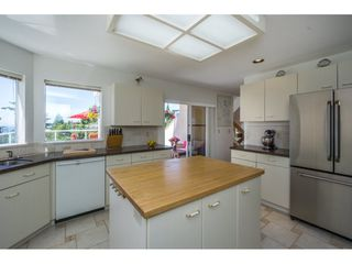Photo 9: 15659 PACIFIC Avenue: White Rock House for sale (South Surrey White Rock)  : MLS®# R2073611