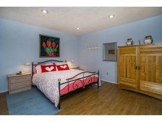 Photo 5: 15659 PACIFIC Avenue: White Rock House for sale (South Surrey White Rock)  : MLS®# R2073611
