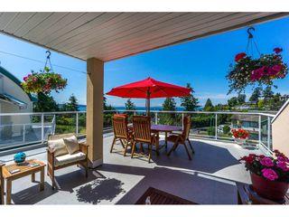 Photo 2: 15659 PACIFIC Avenue: White Rock House for sale (South Surrey White Rock)  : MLS®# R2073611