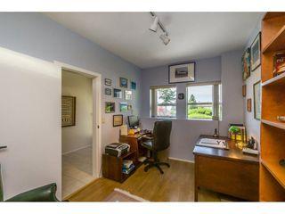 Photo 4: 15659 PACIFIC Avenue: White Rock House for sale (South Surrey White Rock)  : MLS®# R2073611