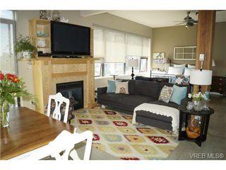 Photo 3: 304 455 Sitkum Road in VICTORIA: VW Victoria West Condo Apartment for sale (Victoria West)  : MLS®# 366088