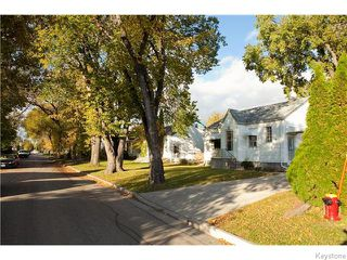Photo 4: 307 Truro Street in Winnipeg: Deer Lodge Residential for sale (5E)  : MLS®# 1625691