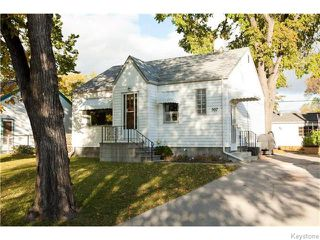 Photo 2: 307 Truro Street in Winnipeg: Deer Lodge Residential for sale (5E)  : MLS®# 1625691