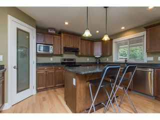 Photo 2: 32792 HOOD Avenue in Mission: Mission BC House for sale : MLS®# R2119405