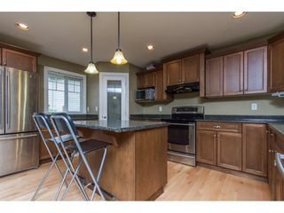 Photo 3: 32792 HOOD Avenue in Mission: Mission BC House for sale : MLS®# R2119405