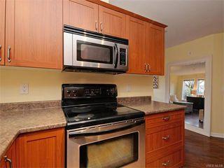 Photo 10: 106 655 Goldstream Ave in VICTORIA: La Fairway Condo Apartment for sale (Langford)  : MLS®# 747051
