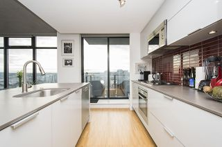 """Photo 3: 2704 108 W CORDOVA Street in Vancouver: Downtown VW Condo for sale in """"Woodwards W32"""" (Vancouver West)  : MLS®# R2133332"""