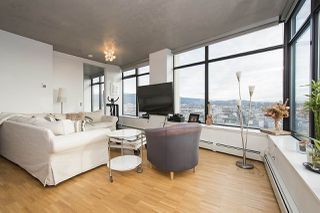 """Photo 4: 2704 108 W CORDOVA Street in Vancouver: Downtown VW Condo for sale in """"Woodwards W32"""" (Vancouver West)  : MLS®# R2133332"""