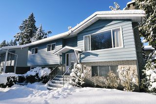 Photo 1: 1656 CONNAUGHT Drive in Port Coquitlam: Lower Mary Hill House for sale : MLS®# R2137362