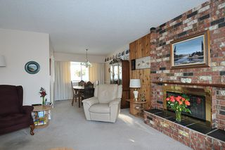 Photo 5: 1656 CONNAUGHT Drive in Port Coquitlam: Lower Mary Hill House for sale : MLS®# R2137362