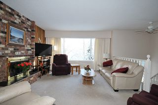 Photo 3: 1656 CONNAUGHT Drive in Port Coquitlam: Lower Mary Hill House for sale : MLS®# R2137362