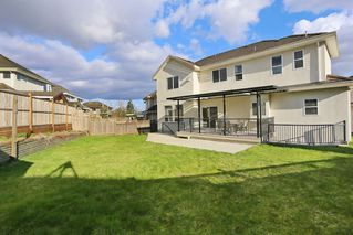Photo 19: 6775 150A Street in Surrey: East Newton House for sale : MLS®# R2151689