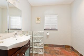 Photo 20: MISSION HILLS House for sale : 3 bedrooms : 840 W THORN ST in San Diego