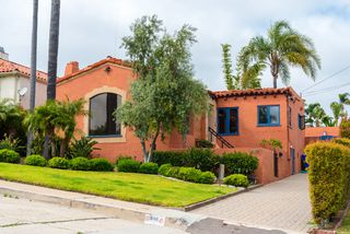 Photo 1: MISSION HILLS House for sale : 3 bedrooms : 840 W THORN ST in San Diego