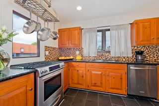 Photo 13: MISSION HILLS House for sale : 3 bedrooms : 840 W THORN ST in San Diego