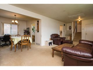 """Photo 3: 11382 82A Avenue in Delta: Scottsdale House for sale in """"SCOTTDALE"""" (N. Delta)  : MLS®# R2158208"""