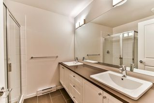 "Photo 16: 87 8130 136A Street in Surrey: Bear Creek Green Timbers Townhouse for sale in ""KINGS LANDING"" : MLS®# R2181174"