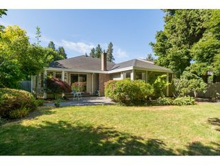 "Photo 25: 12557 24A Avenue in Surrey: Crescent Bch Ocean Pk. House for sale in ""CRESCENT HEIGHTS / OCEAN PARK"" (South Surrey White Rock)  : MLS®# R2182079"
