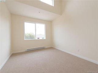 Photo 7: 492 South Joffre Street in VICTORIA: Es Saxe Point Strata Duplex Unit for sale (Esquimalt)  : MLS®# 381732