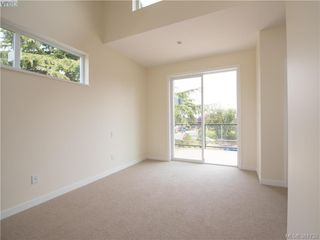 Photo 8: 492 South Joffre Street in VICTORIA: Es Saxe Point Strata Duplex Unit for sale (Esquimalt)  : MLS®# 381732