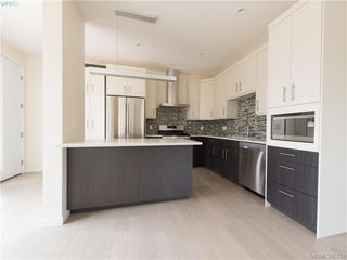Photo 2: 492 South Joffre Street in VICTORIA: Es Saxe Point Strata Duplex Unit for sale (Esquimalt)  : MLS®# 381732