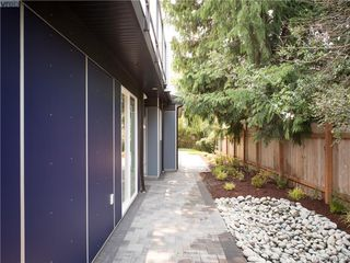 Photo 13: 492 South Joffre Street in VICTORIA: Es Saxe Point Strata Duplex Unit for sale (Esquimalt)  : MLS®# 381732