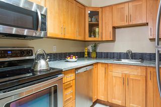 Photo 7: 3056 SMITH Avenue in Burnaby: Central BN Townhouse for sale (Burnaby North)  : MLS®# R2195320
