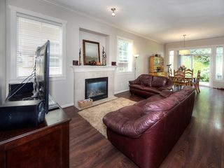 "Photo 3: 2 4887 CENTRAL Avenue in Delta: Hawthorne Townhouse for sale in ""CENTRAL PARK WEST"" (Ladner)  : MLS®# R2195811"