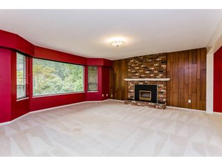 """Photo 4: 19883 41 Avenue in Langley: Brookswood Langley House for sale in """"Brookswood"""" : MLS®# R2202622"""