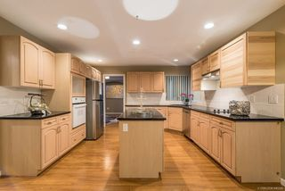 Photo 11: 2605 SANDSTONE Court in Coquitlam: Westwood Plateau House for sale : MLS®# R2234370