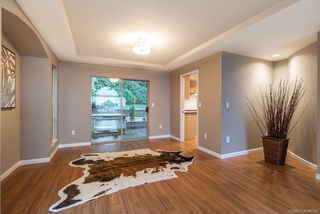 Photo 3: 2605 SANDSTONE Court in Coquitlam: Westwood Plateau House for sale : MLS®# R2234370