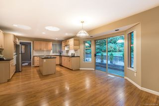 Photo 9: 2605 SANDSTONE Court in Coquitlam: Westwood Plateau House for sale : MLS®# R2234370