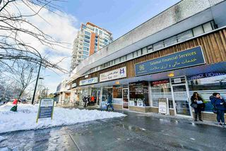 "Photo 19: 1005 121 W 15TH Street in North Vancouver: Central Lonsdale Condo for sale in ""ALEGRIA"" : MLS®# R2242657"