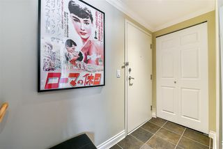 "Photo 4: 1005 121 W 15TH Street in North Vancouver: Central Lonsdale Condo for sale in ""ALEGRIA"" : MLS®# R2242657"