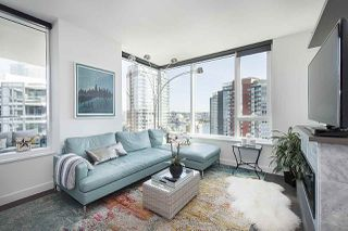 """Photo 6: 1908 68 SMITHE Street in Vancouver: Downtown VW Condo for sale in """"1 PACIFIC"""" (Vancouver West)  : MLS®# R2244187"""