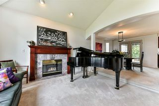 Photo 2: 4038 MACDONALD Avenue in Burnaby: Burnaby Hospital House for sale (Burnaby South)  : MLS®# R2258586