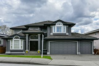 Photo 1: 4038 MACDONALD Avenue in Burnaby: Burnaby Hospital House for sale (Burnaby South)  : MLS®# R2258586