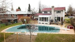 Photo 3: 32 Grovetree Road in Toronto: Thistletown-Beaumonde Heights House (2-Storey) for sale (Toronto W10)  : MLS®# W4106529