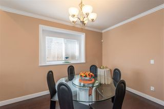 Photo 4: 7913 NURSERY Street in Burnaby: Burnaby Lake House 1/2 Duplex for sale (Burnaby South)  : MLS®# R2261704