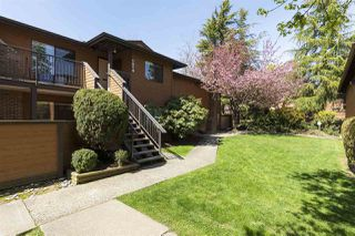 """Photo 1: 1014 10620 150 Street in Surrey: Guildford Townhouse for sale in """"Lincolns Gate"""" (North Surrey)  : MLS®# R2263091"""