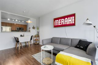 """Photo 11: 305 5288 MELBOURNE Street in Vancouver: Collingwood VE Condo for sale in """"Emerald Park Place"""" (Vancouver East)  : MLS®# R2270744"""