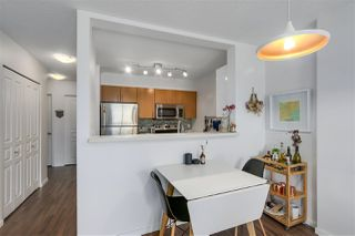 """Photo 6: 305 5288 MELBOURNE Street in Vancouver: Collingwood VE Condo for sale in """"Emerald Park Place"""" (Vancouver East)  : MLS®# R2270744"""