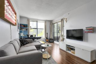 """Photo 10: 305 5288 MELBOURNE Street in Vancouver: Collingwood VE Condo for sale in """"Emerald Park Place"""" (Vancouver East)  : MLS®# R2270744"""