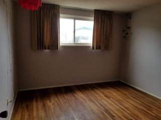 Photo 8: CLAIREMONT House for sale : 3 bedrooms : 3971 Anastasia St in San Diego