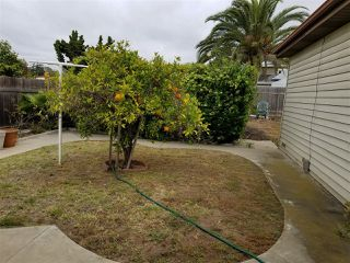 Photo 4: CLAIREMONT House for sale : 3 bedrooms : 3971 Anastasia St in San Diego