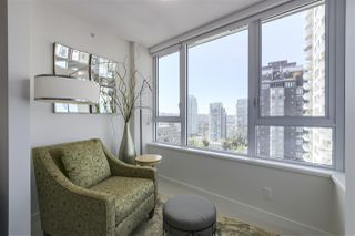 """Photo 10: 1107 1009 HARWOOD Street in Vancouver: West End VW Condo for sale in """"MODERN"""" (Vancouver West)  : MLS®# R2292146"""